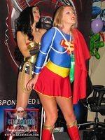 Sexy Superhero Battle: Wunder Woman vs SuperGirl