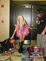 Wildman Vince interviews sexy Fetishcon guest and her slave